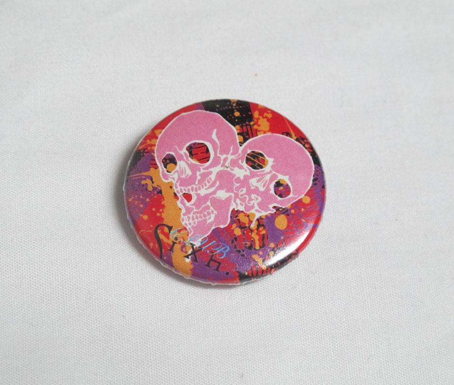 H. Naoto Sixh Skull Pin