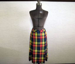 Jane Marple Dans Le Salon Tartan Skirt