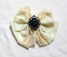 Alice and the Pirates Ivory Barrette